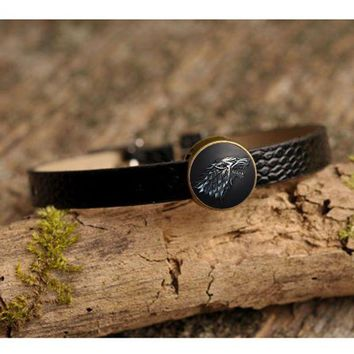 LMFUS4 Movie Charm Bracelet Game of Thrones Stark Wolf Glass Cabochon Art Picture Fashion Jewelry Black Leather bracelet for Women