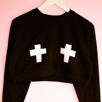 Cross print cropped sweater
