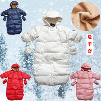 Winter down coat baby romper baby romper newborn thickening with a hood bodysuit holds sleeping bag dual