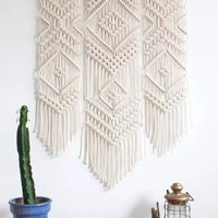 Macrame Wall Art Handmade Cotton Wall Hanging Tapestry with Lace Fabrics Bohemia