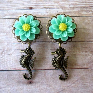 "Pair of Detailed Flower Plugs with Seahorse Charms - More Colors - Girly Beach Gauges - 1/2"", 9/16"", 5/8"" (12mm, 14mm, 16mm)"