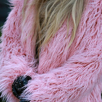 Faux alpaca fur coat / powder pink coat / rose quartz coat / shaggy fur coat / Fake fur coat