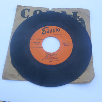 Vintage Rare Vinyl  45 RPM - The Mulcays -Dipsy Doodle - Harbor Lights - 45 RPM Vinyl