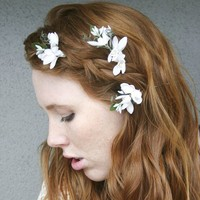 Flower bobby pins with vintage flowers by BeSomethingNew on Etsy