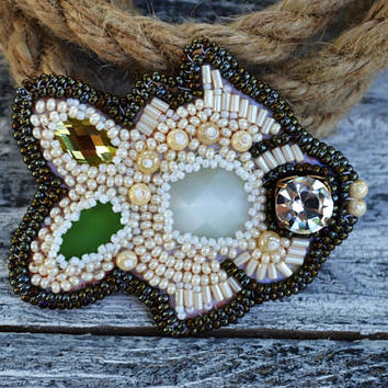 Bead Embroidery Fish Pin Modern Beaded Brooch Sea life themed Beadwork Sea themed gift Sister Birthday gift idea for bestfriend Taitallas