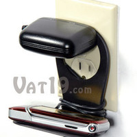 Cell Phone Holder: A convenient storage platform for your cell phone
