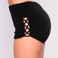 Run Away Active Shorts - Black