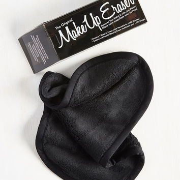 Not a Mascara in the World Makeup Remover Cloth in Black | Mod Retro Vintage Cosmetics | ModCloth.com