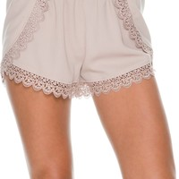 SWELL CUTIE LACE DETAIL SHORT