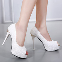 Fashion embroidery waterproof platform heels