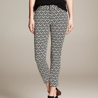 BR Monogram Diamond Jacquard Crop