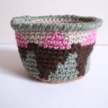 Geometric Bowl, Tapestry Crochet Basket, Catchall Bowl, Tribal Inspired Art, Crystal Bowl, Indie Gift, Retro Crochet, Pink Brown Green