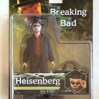 "Mezco Toyz Breaking Bad Heisenberg Walter White 6"" Collectible Action Figure"
