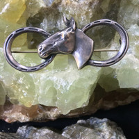 Classic equestrian horse sterling silver pin