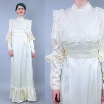 GUNNE SAX 1970s Wedding Dress Vintage Long Sleeve Wedding Gown Empire Waist Cream Satin Lace Wedding Dress Bib Yoke Victorian Bohemian (S/M)