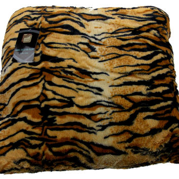 Tiger Plush Throw Pillow Animal Collection 20x20 Polyester Living Room Sofa Bed