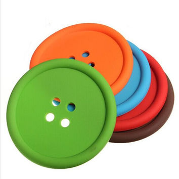 Creative Household Supplies Round Silicone Coasters Cute Button Coasters Cup Mat Random Color