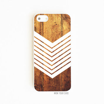 iPhone 5 Case iPhone 5S Case Dark Wood Grain Geometric Chevron White