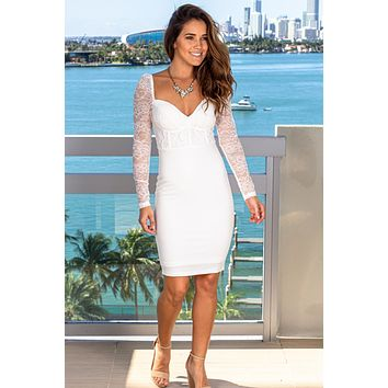 Off White Short Dress with Lace Sleeves