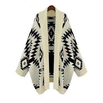 CREYUG3 Apricot Batwing Long Sleeve Geometric Cardigan Sweater one size (Size: M, Color: Beige)