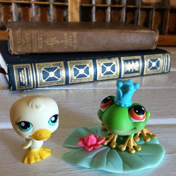Littlest Pet Shop Frog Prince and Duck Set, Littlest Pets, Little Pets on the Go, Lps On The Go, LPS, Littlest Pet Frog, LPS Duck, LPS