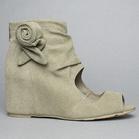 The Flora Shoe in Khaki : 80%20 : Karmaloop.com - Global Concrete Culture