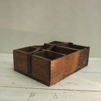 Primitive Tool Garden box Wooden with Leather Strap