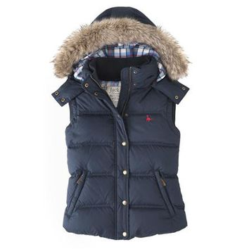 The Chalkhouse Gilet | Jack Wills