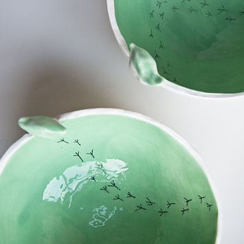 $41.35 TWEET BOWL large and deep mint green and white modern by karoArt