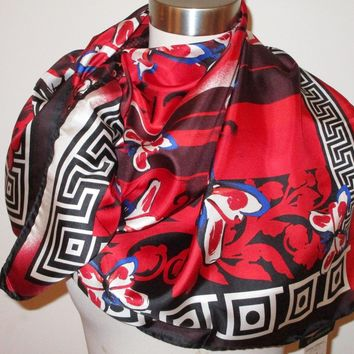 """NWT AUTHENT VERSACE FLEURS GREEK KEY&BUTTERFLIES 100% SILK 35""""Sq RED SCARF Italy"""