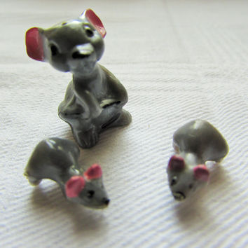 Vintage Miniature Mice Gray Plastic
