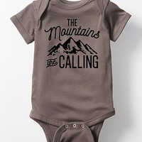 Charcoal 'The Mountains Are Calling' Bodysuit - Infant