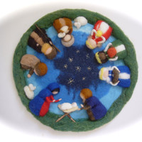 Nativity circle, Picture,tapestry,Wall hanging,Wet felted,Christmas. Waldorf