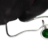 Fine Emerald Round Pendant 4.5 mm. 14K or 18K gold