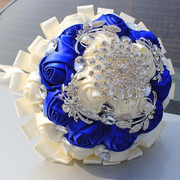 Customized Royal Blue White Bridal Wedding Bouquet Diamond Flower Brooch Silk Roses Ribbon Wedding Bridesmaid Bouquet W283