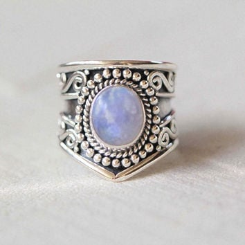 Rainbow Moonstone Statement Ring, Solid Sterling Silver and Rainbow Moonstone RIng, Boho Ring, Granulated