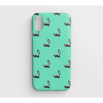 Skunk Cell Phone Case iPhone XR - Black on Light Green