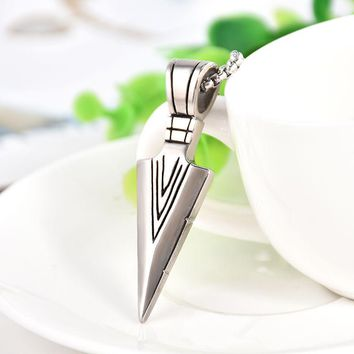 Striking Mens Necklaces Stainless Steel Vintage Spearhead Arrowhead Pendant Necklace for Men MB
