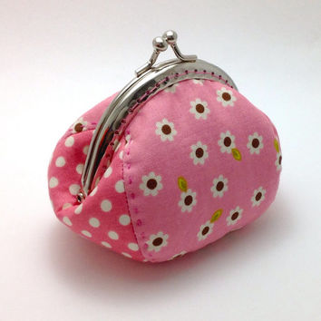 Pink Coin Purse. Pink Change Pouch. Metal Frame Purse. Snap Purse. Kisslock Purse. Bridesmaid Gift. Framed Coin Purse. Small Change Wallet.
