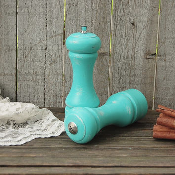 Aqua salt & pepper mill set