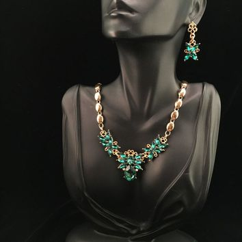 Green & Gold Necklace and Earring Set