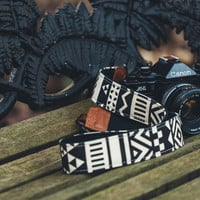 iMo Geometric Black camera strap suits for DSLR / SLR with quick release buckles