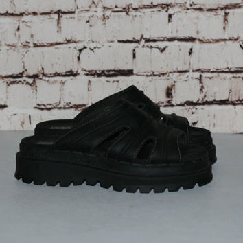 90s Chunky Sandals Black Leather Skechers 8 Shoes Boots Platform Slip On Grunge Cyber Gold Pastel Punk Hipster Gothic Minimalist  Club Kid