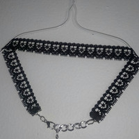 Gimme Some Lace - choker