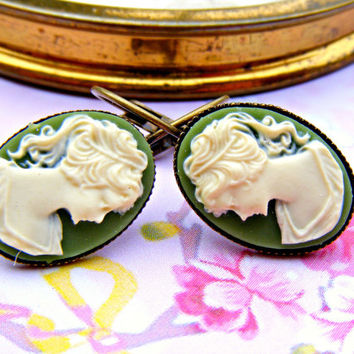 Green Earrings, Cameo Dangle Earrings, Cameo Jewelry, Vintage Jewelry, Green Dangle Earrings, Vintage Style Earrings, Retro Jewellery