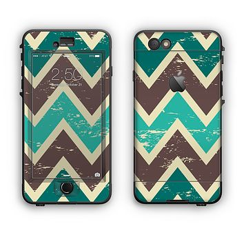 The Vintage Green & Tan Chevron Pattern V3 Apple iPhone 6 Plus LifeProof Nuud Case Skin Set