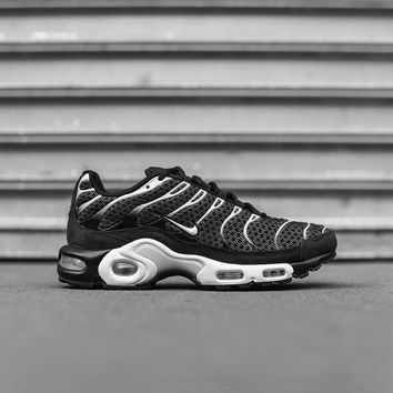NikeLab Air Max Plus - Black / White