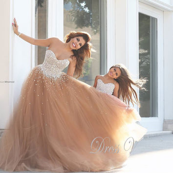 Dressv Mother and Daughter Dress Champagne Prom Dresses with White Pearls Bodice Elegant Evening Dresses Heavy Beaded prom dress