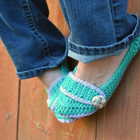 Sea foam green slippers, crochet slippers, booties, womens slippers, womens crochet slippers, winter fashion, socks, crochet shoes
