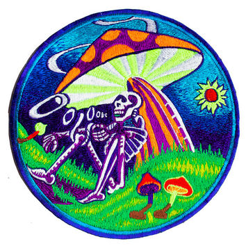 Grateful mushroom dead blacklight Patch psy patch LSD psychedelic skull magic mushrooms psilos psilocybin